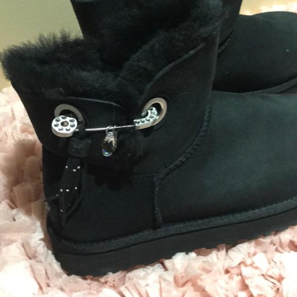Rare Ugg Swarovski Crystal Boots Short